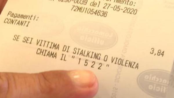 Inseriti sugli scontrini delle farmacie il numero 1522 e il cellulare dei Centri anti-violenza