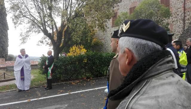 Monteleone onora i caduti nelle guerre. Il racconto fotografico di una giornata