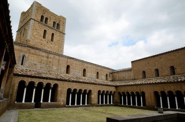 Due pomeriggi nel Medioevo, tra basiliche romaniche e abbazie cistercensi