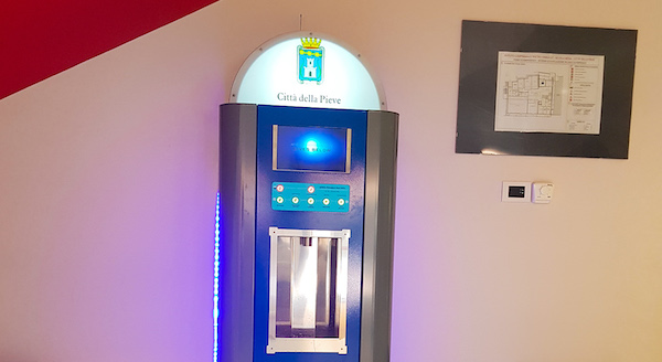 Installato nell'atrio della Scuola Media il primo erogatore di acqua potabile