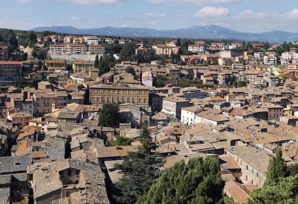 """Acquapendente nell'Area Interna Lazio 1 """"Alta Tuscia-Antica Città di Castro"""""""