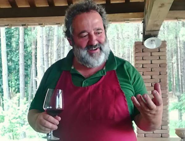 Per i suoi primi 400 anni, riapre l'Hosteria di Villalba. Boschi, alloggi e cucina