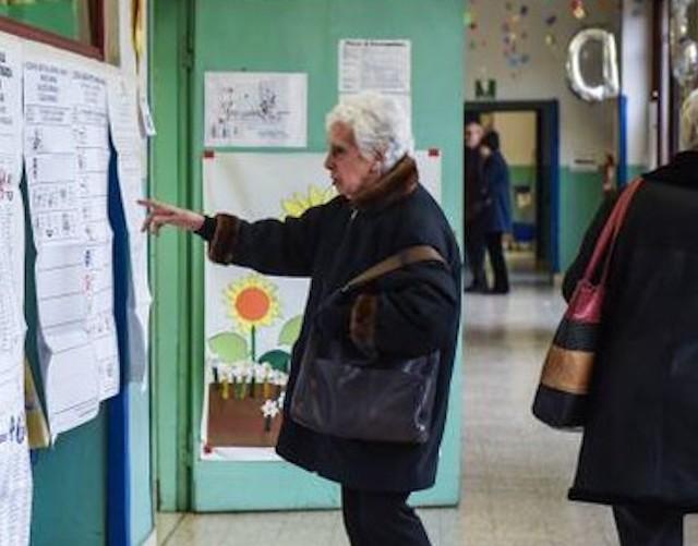 Elezioni 2019, primi dati: alle 12 affluenza al 23,28%