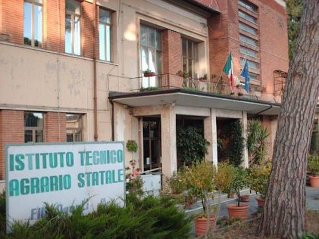 Open day all'Istituto Agosti, 200 euro dal Comune ad ogni nuovo iscritto