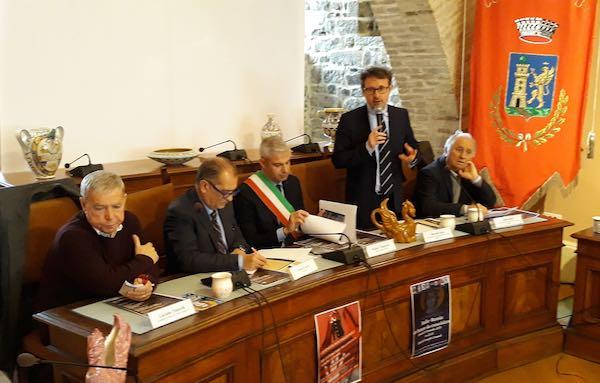 """""""Ceramica Italiana: quale futuro?"""". Fra tradizione e innovazione"""