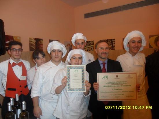"""All'Alberghiero di Orvieto il primo premio del Concorso """"Menù Eubiosia a base di cioccolato"""""""