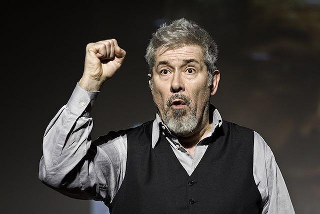 """Alessandro Benvenuti torna al Boni da protagonista con lo spettacolo """"Chi è di scena"""""""