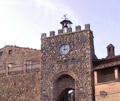 """Allerona Petit Tour"" svela i tesori nascosti del centro storico"