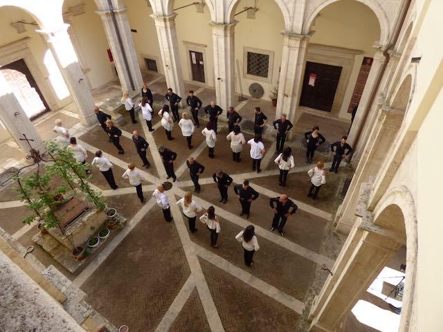 Il Castello di Alviano diventa set per il nuovo videoclip di Gianfranco Foscoli