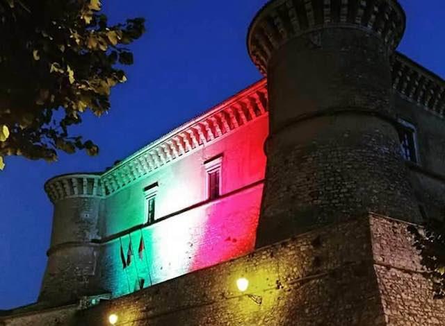 Castello Tricolore, così Alviano festeggia la Festa della Repubblica