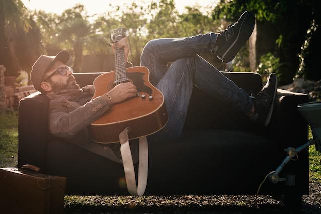"""In radio il singolo di Andrea Gioia """"Com'è bella questa notte"""". E il video omaggia Orvieto"""