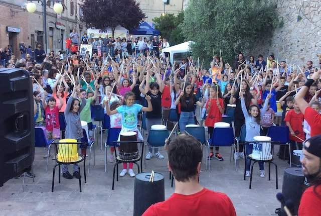 """""""Manciano Street Music Festival"""" nelle scuole, un successo con più di 700 bambini"""