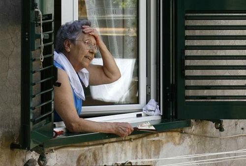 Temperature in aumento nel weekend. Le strutture sicure per gli anziani