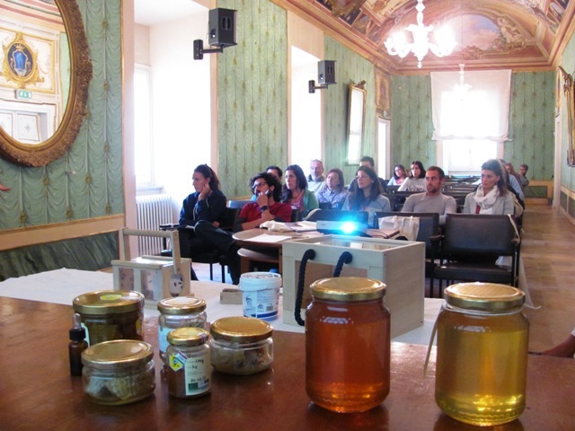 Iscritti da tutta Italia per il Corso di Apiterapia nell'Ecomuseo del Paesaggio degli Etruschi
