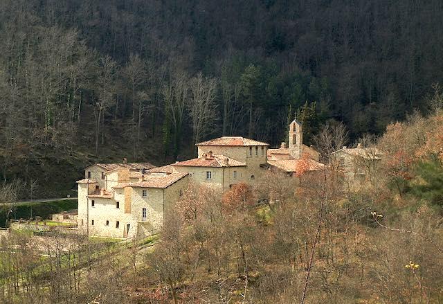 """""""Allerona Petit Tour"""" al via con l'Anello delle Tre Regioni. Nove escursioni, tra boschi e storie"""
