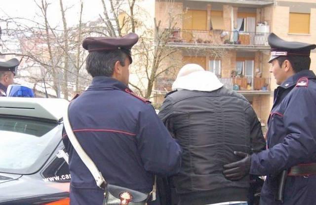 Sfruttamento della prostituzione e spaccio di droga, arresti nel Viterbese