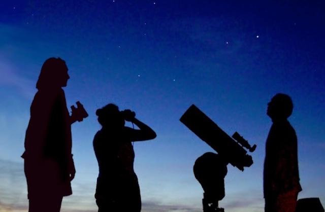 """""""Occhi su Saturno"""" alla Fortezza Albornoz. """"Stelle, lucciole e lanterne"""" all'Oasi di Alviano"""