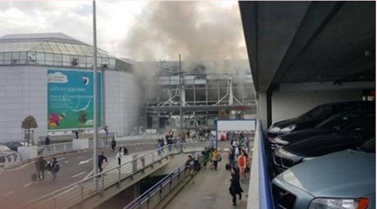 Bruxelles sotto assedio, bombe in aeroporto e metro
