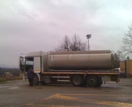Problemi idrici a Fabro, il Sii interviene con le autobotti