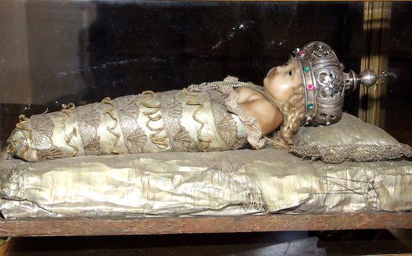 Dal Rotary fondi al Monastero di Santa Rosa per il restauro dei Bambinelli del '600