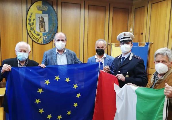 """""""Decoro della Bandiera"""", i rappresentanti dell'Ancri in visita al Comune di Porano"""