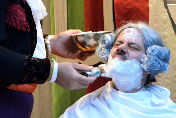 """In scena """"Il Barbiere di Siviglia"""" di OperaExtravaganza"""