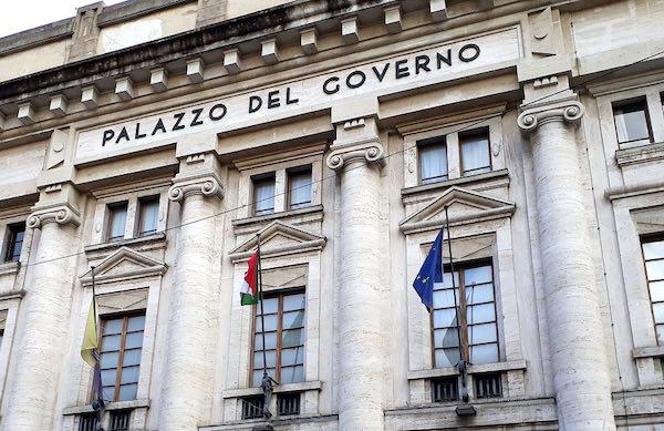 Palazzo Bazzani si illumina di blu per la Giornata Mondiale dell'Infanzia