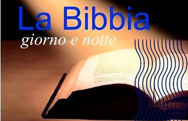 Lettura no stop della Bibbia nella Chiesa di San Salvatore