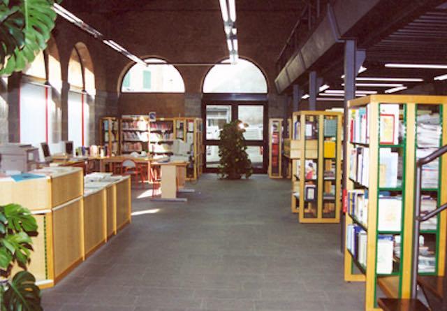 """In biblioteca Ugo Nardini presenta il libro """"Strade di polvere"""""""