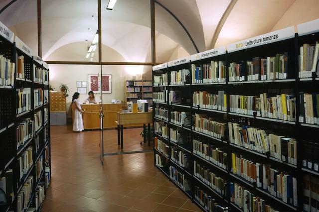 """Letture fantasy in biblioteca. """"Città di ossa"""" di Cassandra Clare"""