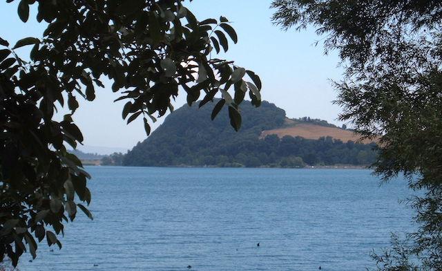 """""""Notte Etrusca"""" al promontorio di Bisenzio. Escursioni intorno al lago, fino a settembre"""