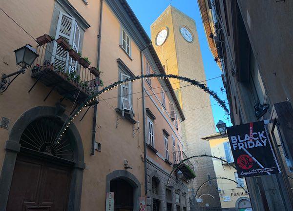 """""""Black Friday"""", il Comune concede la deroga per l'allietamento"""