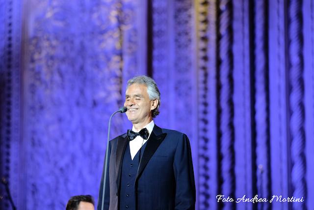 Andrea Bocelli incanta Piazza Duomo