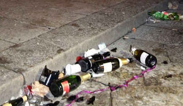 Ujw in sicurezza, vietate bottiglie di vetro o lattine e il sorvolo con i droni
