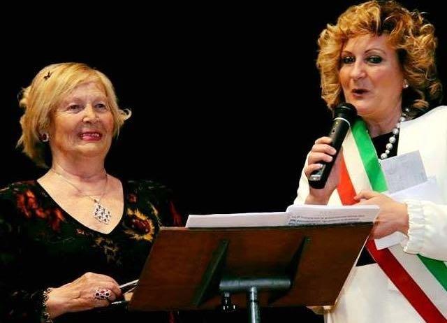 """Grande successo per l'evento """"Tra poesia e musica"""" con la poetessa Marita Bucci"""