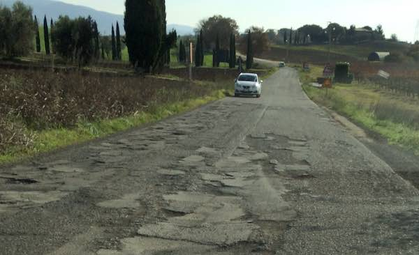 """""""Da Castiglione in Teverina a Orvieto, 50 metri di vergogna e pericolo"""""""