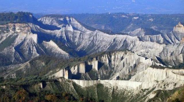 Escursione nella Valle dei Calanchi con l'Asds Majorana