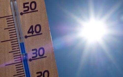 Emergenza calore, temperature fino a 39 gradi. I consigli utili per la salute