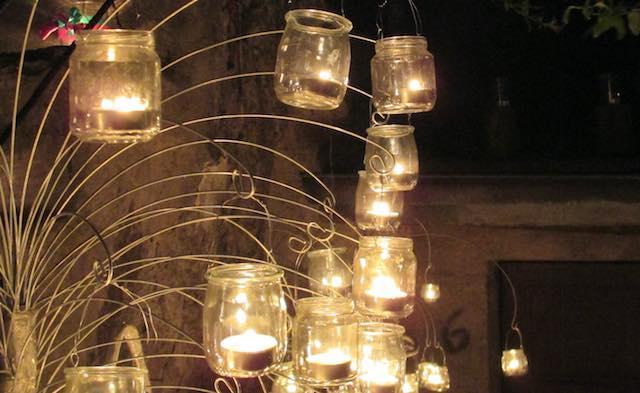 """""""Piccole serenate notturne"""" e centomila fiammelle per l'undicesima Notte delle Candele"""