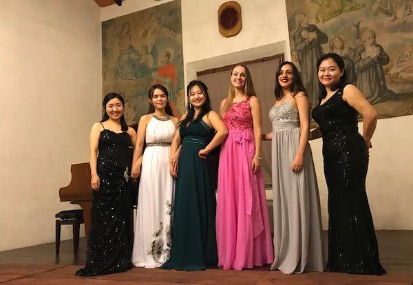 I cantanti lirici della Corea del Sud incantano e conquistano il pubblico tarquiniese