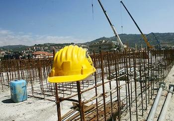I carabinieri riscontrano irregolarità in un cantiere edile di Porano
