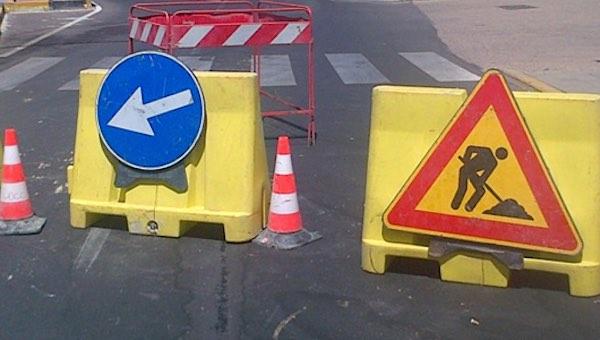 Chiusura temporanea al traffico di Vicolo Corsica, tra Piazza Corsica e Via del Popolo