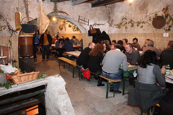 """""""Per San Martino ogni mosto diventa vino"""". Cantine aperte a Blera"""