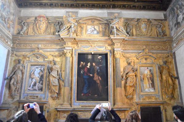 Nei palazzi del potere. Visita a Palazzo dei Priori, Palazzo Gallo e Palazzo di Vico