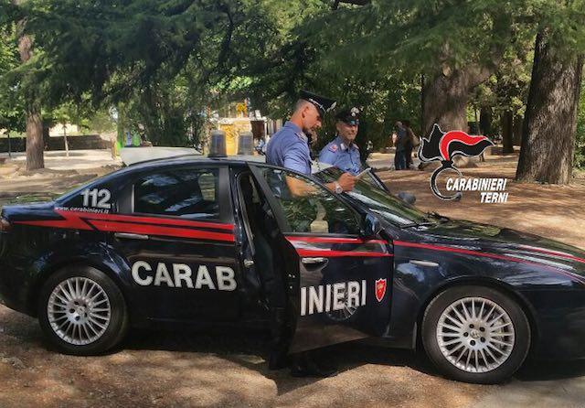 Provoca incidente e scappa, denunciato dai Carabinieri