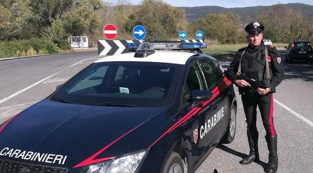 Furti in abitazione nelle campagne, i carabinieri beccano topo d'appartamento