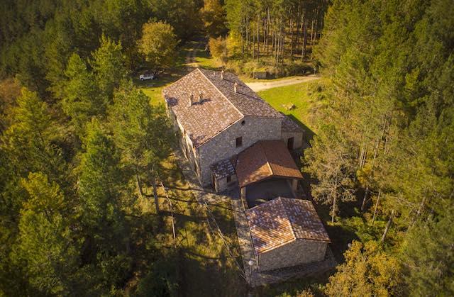 Festa grande nel bosco, si inaugura l'Hosteria di Villalba