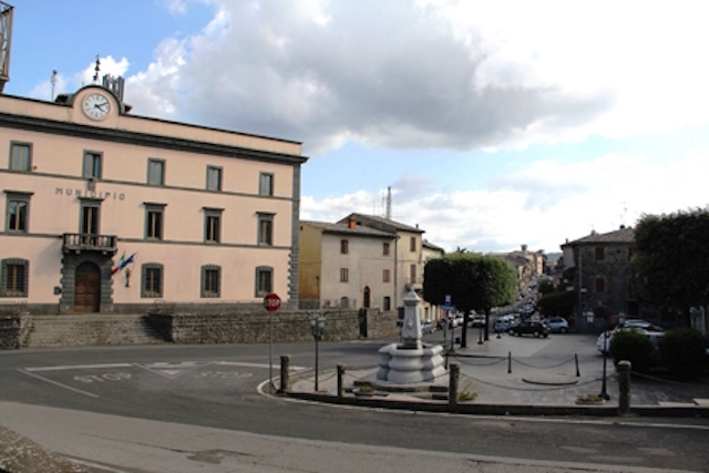 """Geotermia sull'Alfina, Progetto Futuro attacca: """"AAA Garbini cercasi"""""""