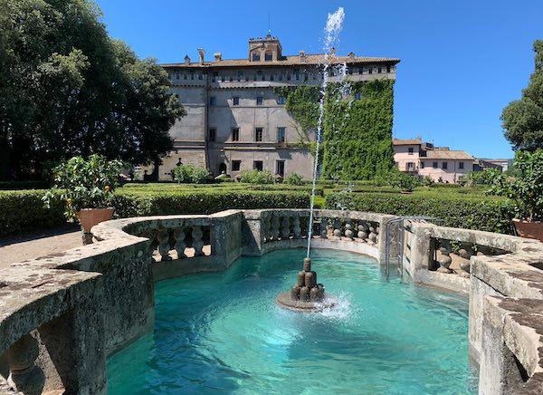 Storia di feudi e potere al Castello Ruspoli. Itinerario Farnesiano nel borgo medievale