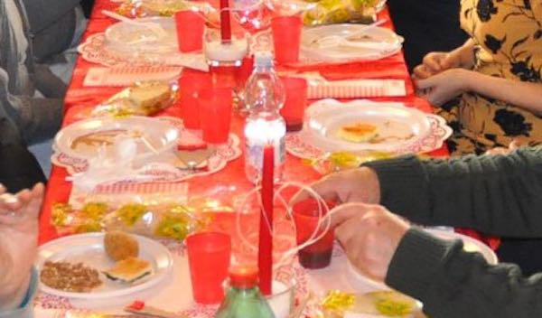 Festa e Cenone con le famiglie più bisognose alla Parrocchia di Santa Croce